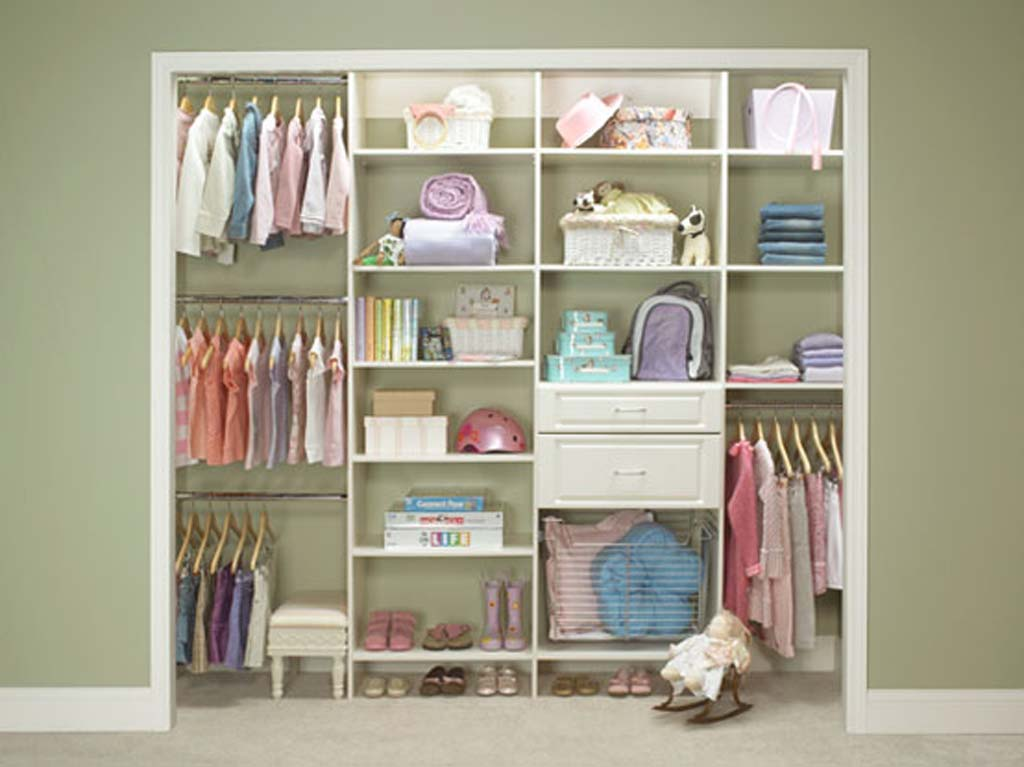 More closet space by letting those treasures go - Small closet space minimalist ...